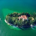 0005 sibenik region island visovac